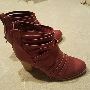 Sexy burgundy booties